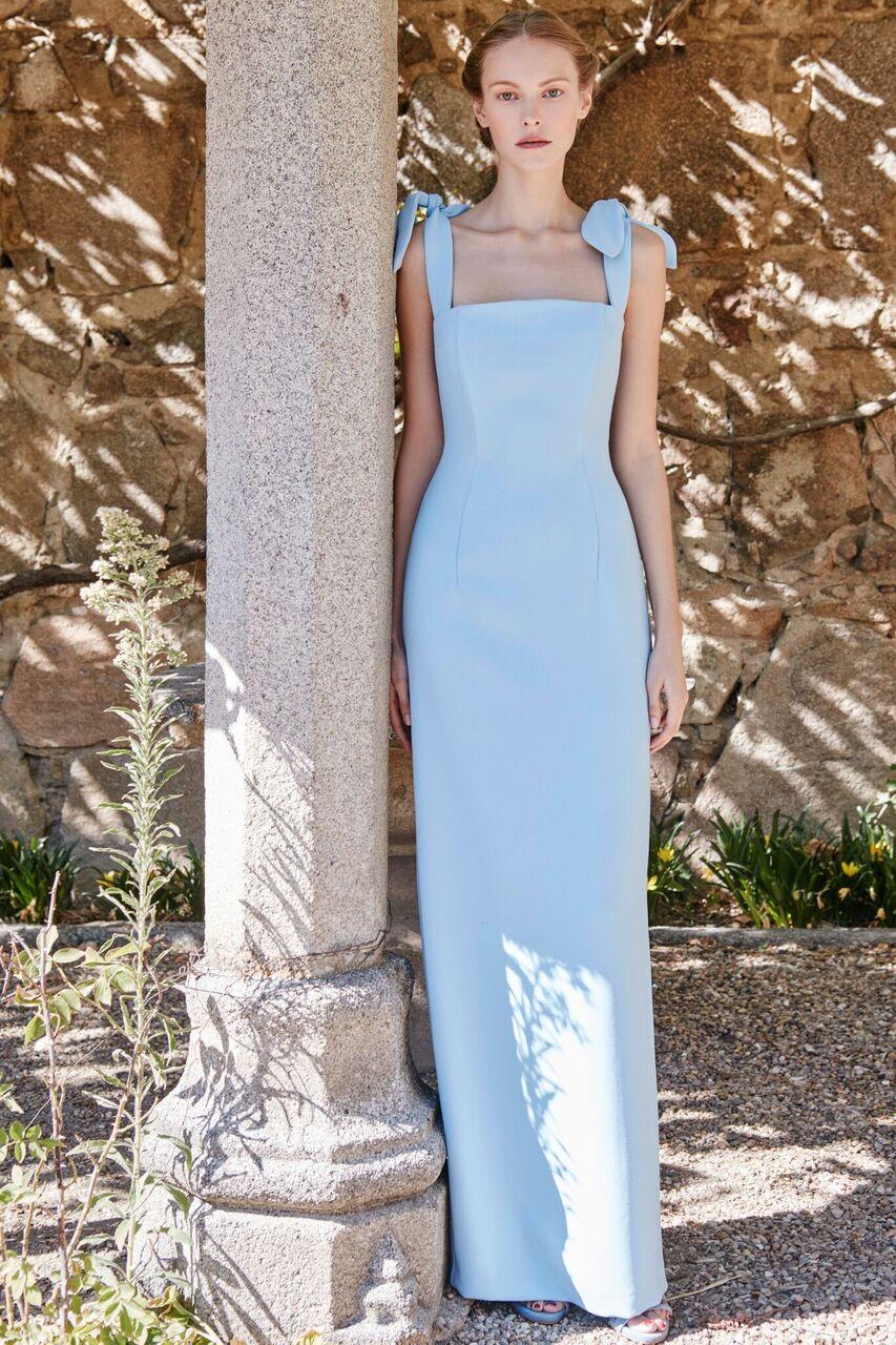 vestido largo azul pastel